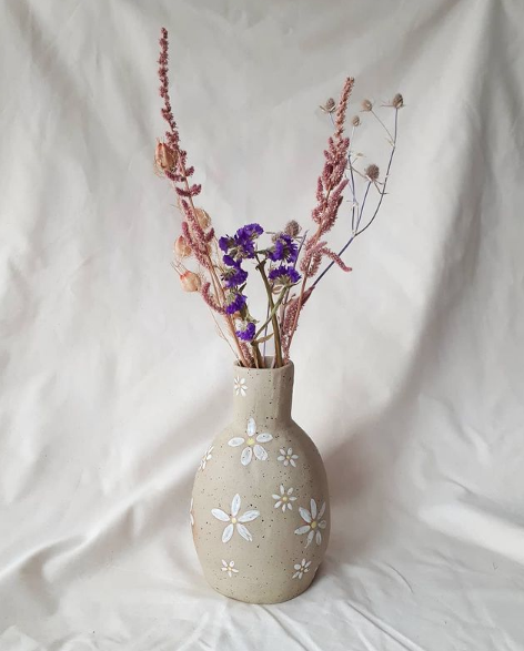 Steengoed vaas bloemen